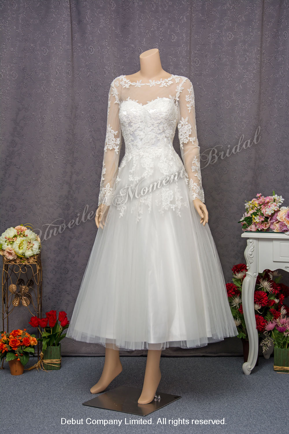 Long Sleeves Carefree Wedding Dress 長袖短款輕婚紗