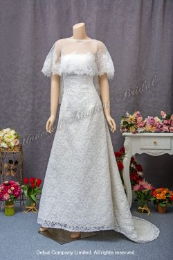 復古披肩, 經典蕾絲骨花, A-line小拖尾婚紗 A-line, classic lace wedding dress with court train; vintage lace overlay top