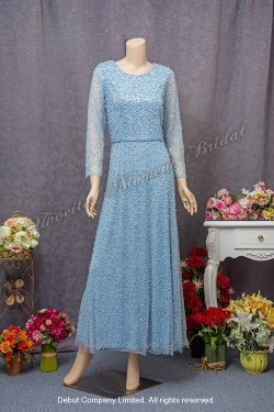 Long sleeves, round neckline, beaded embellishments, Mother-of-the-bride Dress. Colour: Sky Blue. 長袖, 圓領, 釘珠, 天藍色媽咪奶奶晩裝