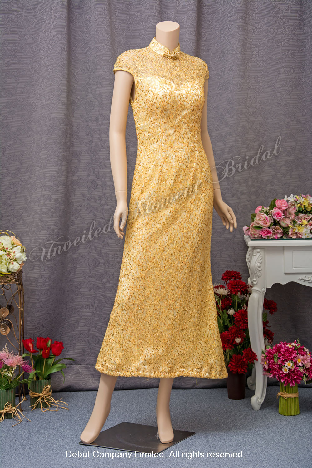 Gold, cap-sleeve sequined Mother-of-the-Bride QiPao 金色閃片媽咪旗袍