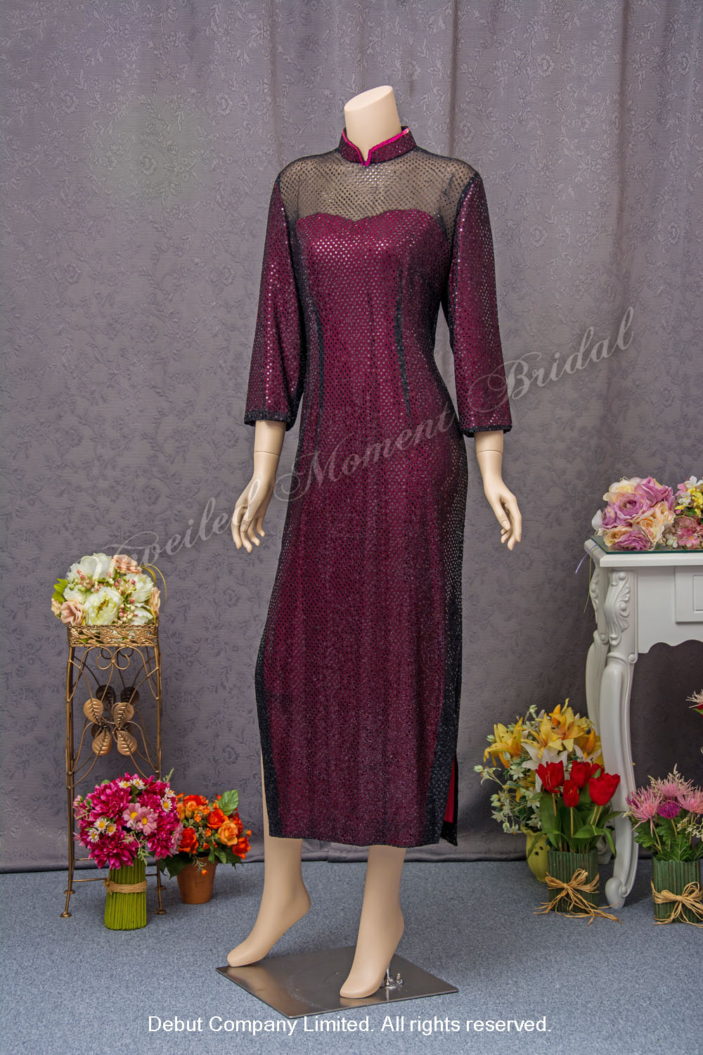Long Sleeves, High Collar, Red Wine Mother-of-the-bride Dress. 長袖, 企領, 酒紅色媽咪奶奶晩裝