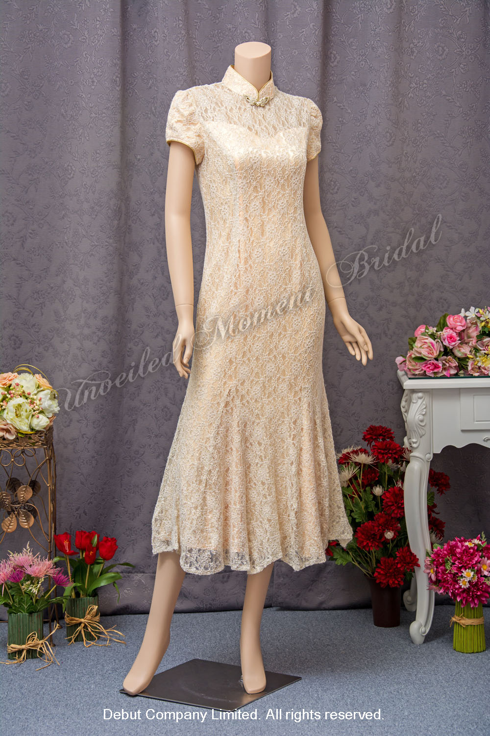 Light Gold Mother-of-the-Bride QiPao with short sleeves 金色短袖媽咪旗袍