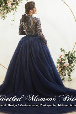 Long see-through sleeves, lace embellishment, court train, ball gown dress Colour: Royal Blue. 透視長袖, 蕾絲釘珠, 寳藍色拖尾傘裙晩裝